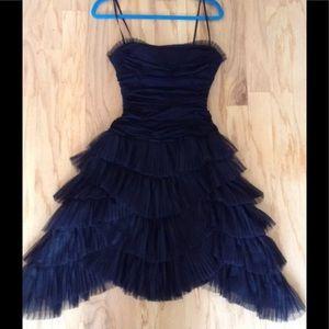 BCBG MAXAZRIA black padded event dress S stretch